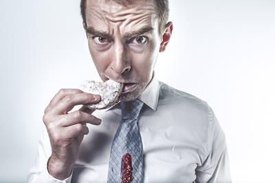 我慢しない合理的なダイエット「ヘルシースナッキング」とは?間食をしてダイエットするって本当?